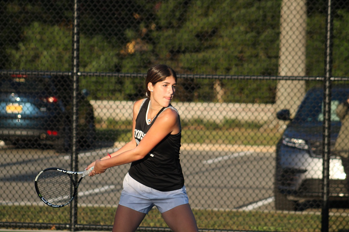 Syosset defeated Great Neck North in a Nassau County Conference I matchup on Thursday afternoon.