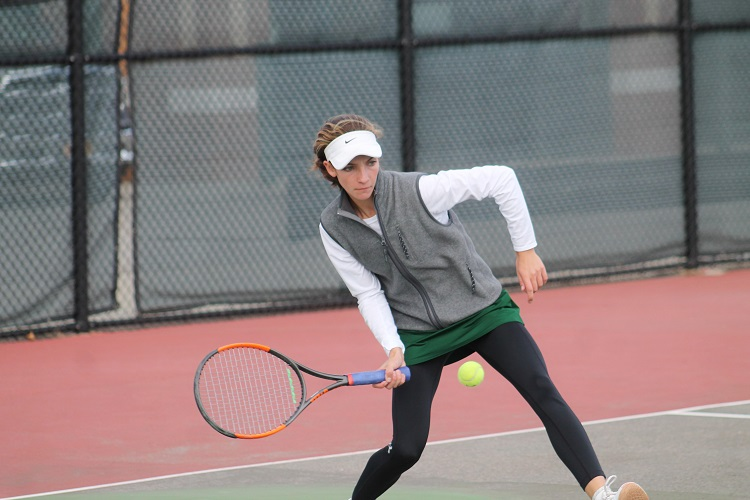 Rose Hayes defeated Emily Tannenbaum at first singles in a rematch of the Suffolk County Individual Championship.