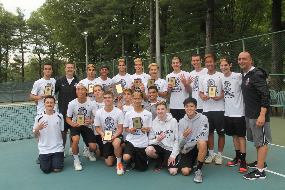 Syosset claimed its fourth straight Nassau County championship with a 7-0 win over Roslyn on Thursday.