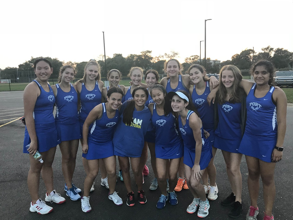 The Port Washington Vikings pushed its winning streak to 30 matches and clinched Nassau County's Conference I with a 7-0 victory over Oceanside on Tuesday afternoon.