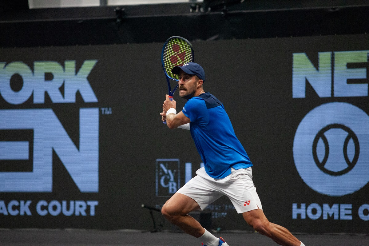 In a five-set battle that required three tiebreaks and nearly four hours, American Steve Johnson ousted compatriot John Isner 6-7(5), 6-3, 6-7(5), 6-3, 7-6(3) to advance to the U.S. Open second round.