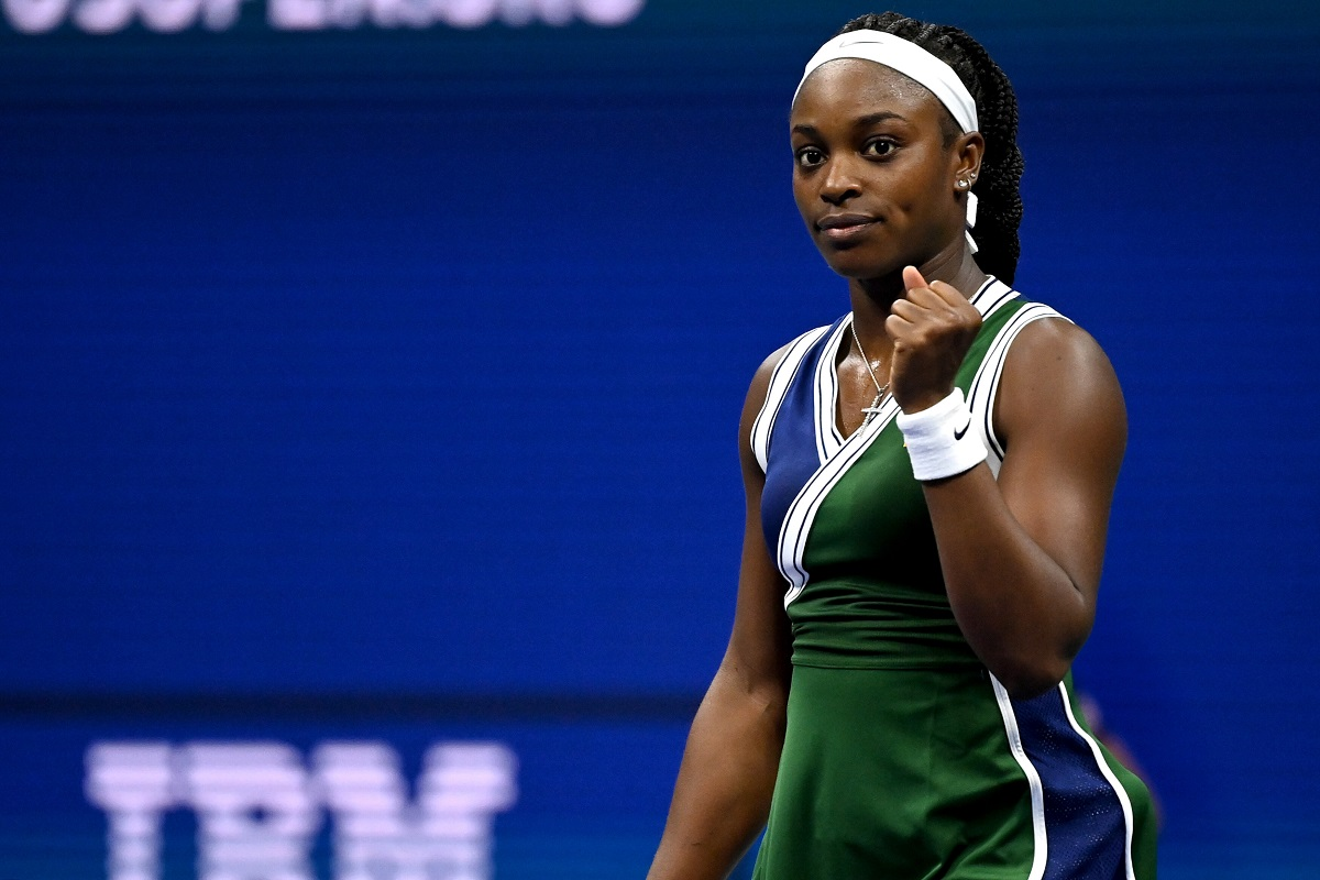 Former champion Sloane Stephens was clinical in her win over Coco Gauff on Wednesday night.