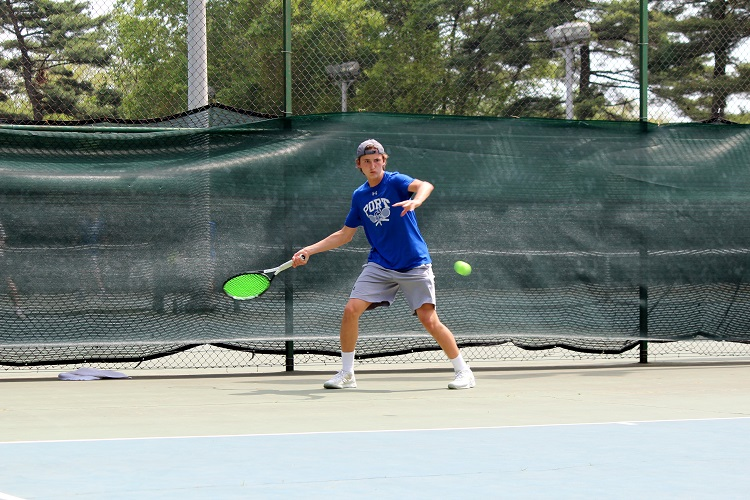 Gabe Brancatelli won his match at second singles to help lead Port Washington on Monday.