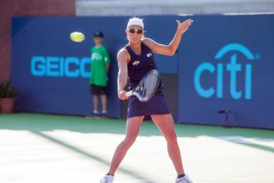 Kirsten Flipkens lent a hand in three set wins to lead the New York Empire back to .500 on Tuesday night.