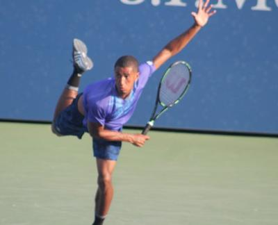 Michael Mmoh (17, Bradenton, Fla.), the second-ranked junior in the world behind Fritz, won his third $15,000 USTA Pro Circuit Men's Futures title in the last year, defeating Mexican Lucas Gomez, 6-3, 6-2, to capture the $15,000 Futures in Houston