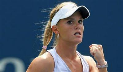 Melanie Oudin will replace Sloane Stephens on the United States Fed Cup team for the 2013 Fed Cup by BNP Paribas World Group First Round in Rimini, Italy, set for Feb. 9-10