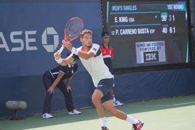 Pablo Carreno Busta beat Diego Schwartzman in straight sets to reach the U.S. Open semifinals on Tuesday.