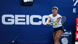 Danielle Collins defeated Sloane Stephens to help lead the Orlando Storm past the Chicago Smash on Tuesday.