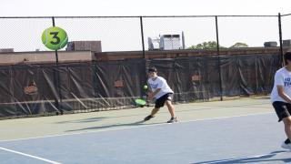 Roslyn won three of the four doubles flights to defeat Jericho on Wednesday afternoon.