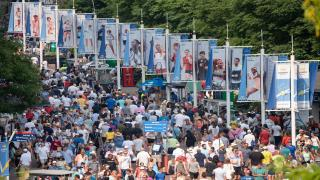 It was a successful tournament in more ways than one, and the United States Tennis Association has announced that this year's tournament attracted more than 800,000 fans which includes Fan Week and the two-week long tournament.